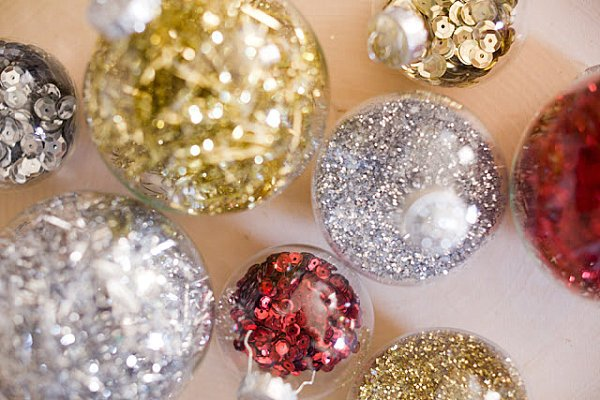 Crafty kids do it yourself holiday ornaments ages k crafty kids do it yourself holiday ornaments ages k caregivers solutioingenieria Gallery